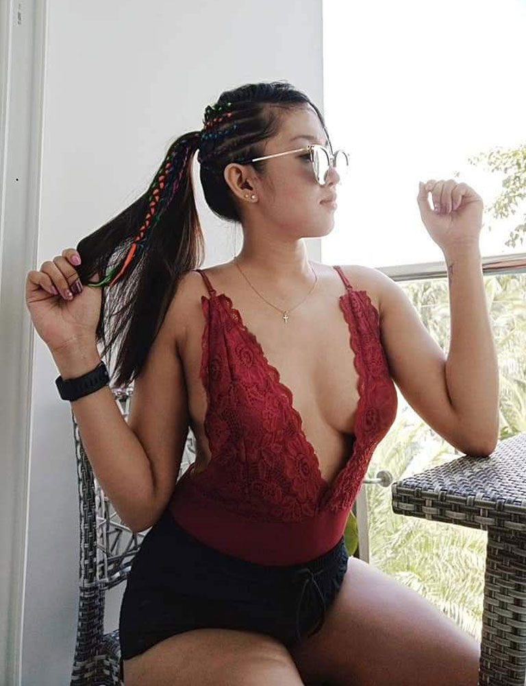 Savannah | Filipina Masseuse | Discreet Massage